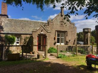 Auchlone Nature Kindergarten includes a beautiful Scottish house, but the strength of the program is the philosophy.